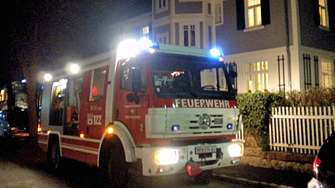 Gasunfall in NÖ: Drei Kinder durch CO-Austritt bewusstlos (Bild: Bernhard Singer/BFK Mödling)