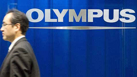 Olympus streicht nach Bilanzskandal 2.700 Stellen (Bild: AP)