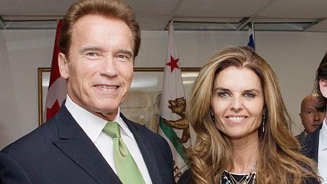 Arnie und Maria: Versöhnung unterm Weihnachtsbaum? (Bild: EPA)