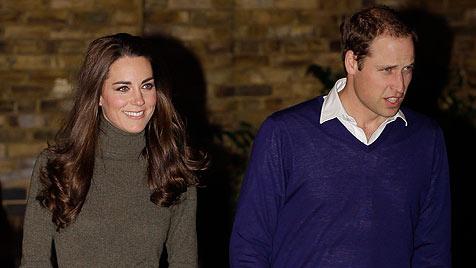 So spießig feiern Prinz William und seine Kate Silvester (Bild: AP)