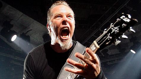 Beim Eisessen gestört: James Hetfield flippt aus (Bild: EPA)