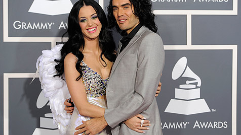 Katy Perry weint sich nach Trennung bei Rihanna aus (Bild: AP)