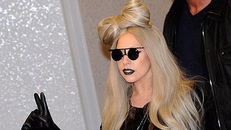 Lady Gaga bei der Silvesterparty am Times Square (Bild: EPA)