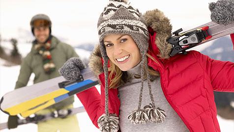 Richtig flirten auf der Piste - so schmilzt das Eis! (Bild: thinkstockphotos.de)