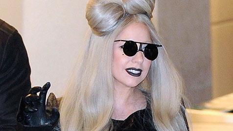 Cameron Diaz und Lady Gaga unter Busen-OP-Verdacht (Bild: AP)