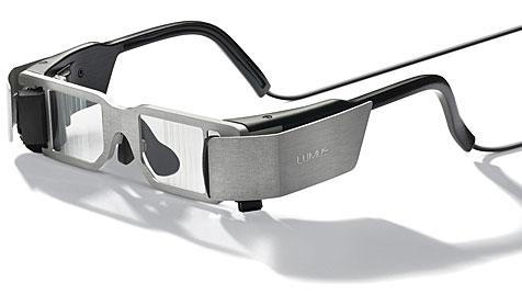 Brille wird zum Display für Video, Internet und Spiele (Bild: Lumus)