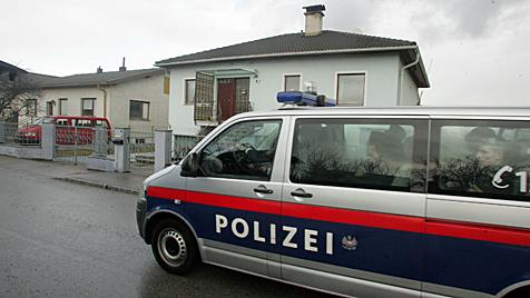 NÖ: 75-Jähriger kämpfte gegen zwei brutale Einbrecher (Bild: Andi Schiel)