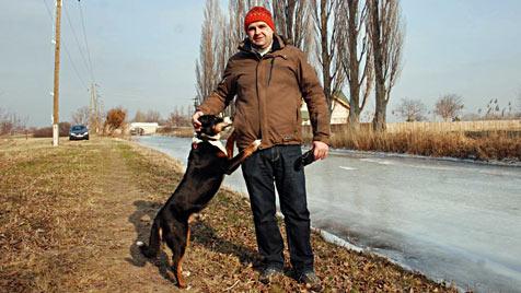 NÖ: Pärchen rettet Mann und Hund aus eisigem Wasser (Bild: Thomas Lenger)