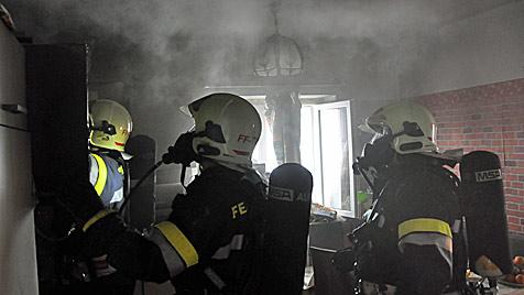 OÖ: Vier Kinder von großer Schwester vor Feuer gerettet (Bild: Matthias Lauber)