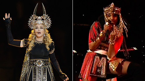 Obszöne Geste bei Madonnas Super-Bowl-Megashow (Bild: AP)