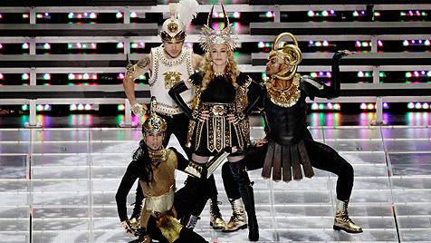Obszöne Geste bei Madonnas Super-Bowl-Megashow (Bild: AP, EPA, AFP)