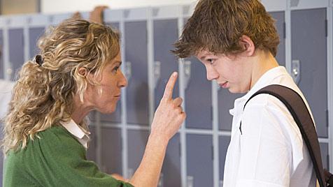Umfrage: Mehrheit für härtere Strafen gegen Schwänzer (Bild: thinkstockphotos.de)