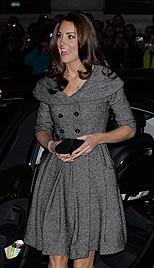 Herzogin Kates erster Soloauftritt ohne Prinz William (Bild: dapd)