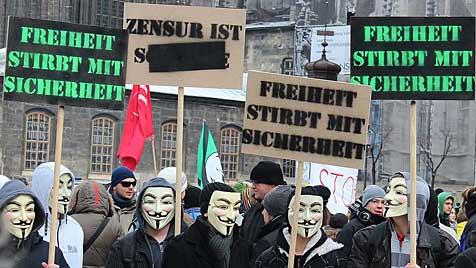 �sterreichweite Proteste gegen ACTA am Samstag (Bild: APA/Victoria Waldegger)