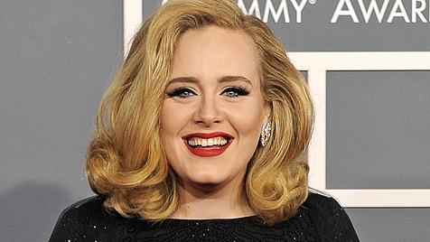 Sängerin Adele will der Liebe wegen eine Pause einlegen (Bild: AP)