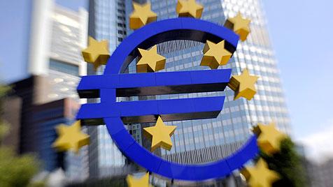 Die wundersame Geldvermehrung durch die EZB (Bild: dpa/Boris Roessler)