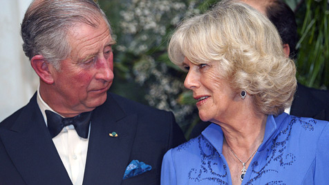 Prinz Charles und Camilla angeblich in der Ehe-Krise (Bild: AP)