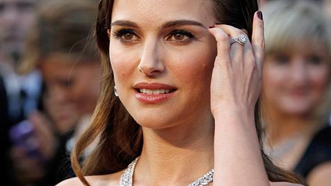 """Juwelierin: """"Habe Natalie Portmans Ehering entworfen"""" (Bild: AP)"""