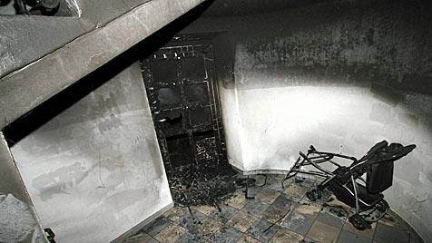 Neun Brände und 21 Verletzte in einer Nacht in St. Pölten (Bild: APA/BILDSTELLE FEUERWEHR ST. PÖLTEN-STADT)