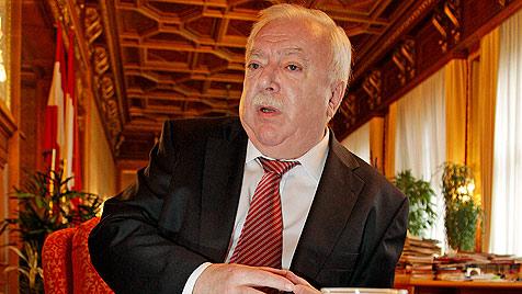 Häupl über Strache, Türken und Zoff im Gemeindebau (Bild: Reinhard Holl)