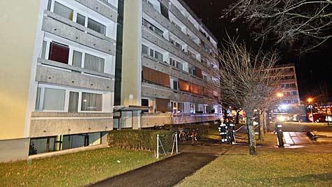 Salzburg: Zigarette im Bett geraucht - Paar fast verbrannt (Bild: Markus Tschepp)