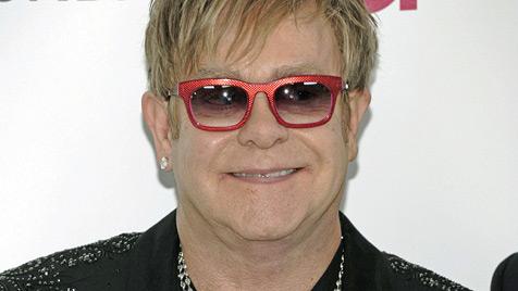 Popstar Elton John feierte seinen 65. Geburtstag (Bild: AP)