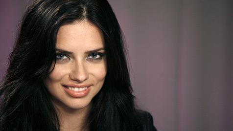 """""""Victoria""""s Secret""""-Engel Adriana Lima ist schwanger (Bild: dapd)"""