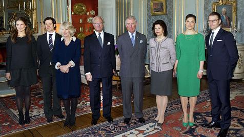 Kronprinzessin Victoria: Erster Auftritt nach Geburt (Bild: AP)
