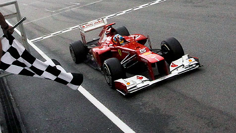 "Niki Lauda: ""Alonso hat in einem Kübel gewonnen"" (Bild: EPA)"