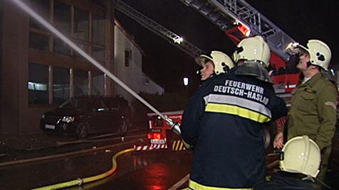 Hotel-Restaurant in Wolfsthal von Brand völlig zerstört (Bild: Christian Schulz, AFKDO Hainburg)