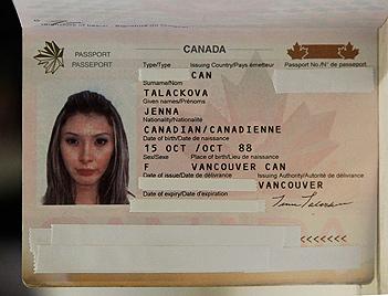 Transsexuelle darf an Miss-Universe-Wahl teilnehmen (Bild: AP)