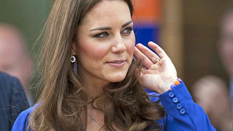 Kate: Verletzt durch die Gerüchte um Schwangerschaft (Bild: EPA)