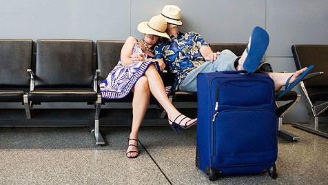 Praktische Versicherungen gegen Reisepannen (Bild: thinkstockphotos.de)