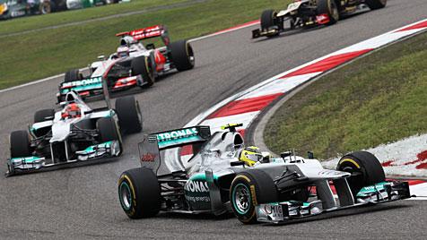 Nico Rosberg holt im 111. Rennen seinen ersten Sieg (Bild: dapd)