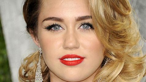 US-Sängerin Miley Cyrus muss genäht werden (Bild: dapd)