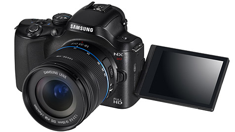 Systemkameras von Samsung mit integriertem WiFi (Bild: Samsung)