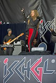 Lederhose und Dirndl für Mariah Careys Kinder (Bild: APA/ROBERT PARIGGER)