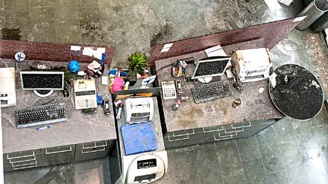 Feuerattentat auf Bank: Mehrjährige Haft für Zündler (Bild: APA/WERNER KERSCHBAUMMAYR)