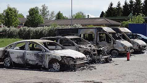 Feuer in Kaserne in OÖ: Ermittler jagen einen Einzeltäter (Bild: APA/BMLVS/OBERREITER)