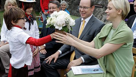 Monacos Fürstin sorgt schon wieder für Gerüchte (Bild: dapd)