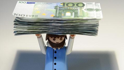 Geldprobleme: Mutter betrog Sohn um Erspartes (Bild: APA/HELMUT FOHRINGER)