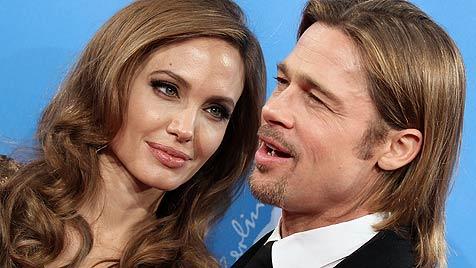 Angelina Jolie kauft Helikopter für Verlobten Brad Pitt (Bild: dapd)