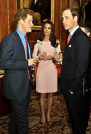 Was Charlene und Kate da wohl zu besprechen haben? (Bild: AP)