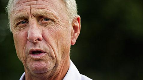 Video: Ajax-Fans verabschieden sich von Cruyff (Bild: EPA)