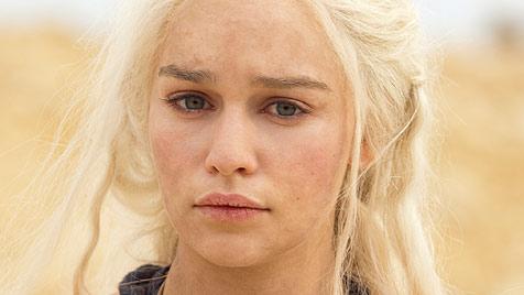 Emilia Clarke hat den heißesten Kussmund (Bild: HBO)