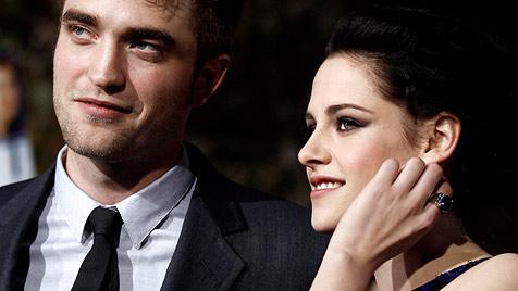 Robert Pattinson und Kristen Stewart schreiben Drehbuch (Bild: dapd)