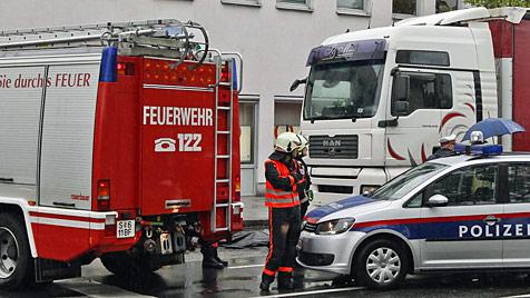 84-jährige Frau in Salzburg von Lkw erfasst und getötet (Bild: Markus Tschepp)