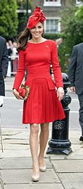Bezaubernde Kate hat der Queen fast die Show gestohlen (Bild: EPA)