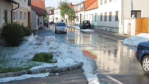 Massive Schäden durch Hagel, Sturm und Hangrutschung (Bild: APA/ÖSTERREICHISCHE HAGELVERSICHERUNG)