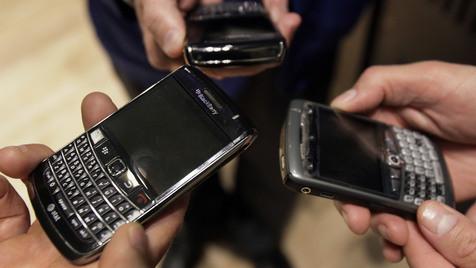 IBM will offenbar Teil von BlackBerry-Macher RIM kaufen (Bild: AP)